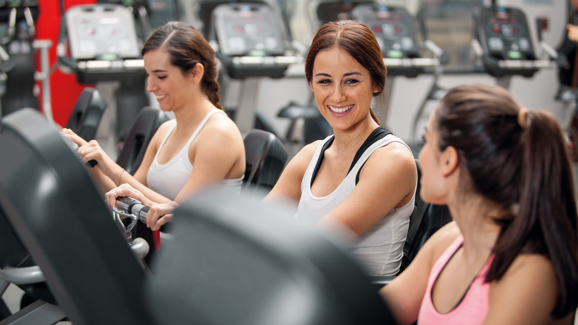 Woman-enjoying-gym-workout.jpg